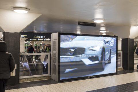 volvo-car-sverige-ab2-v5-2019-play-billboard.jpg